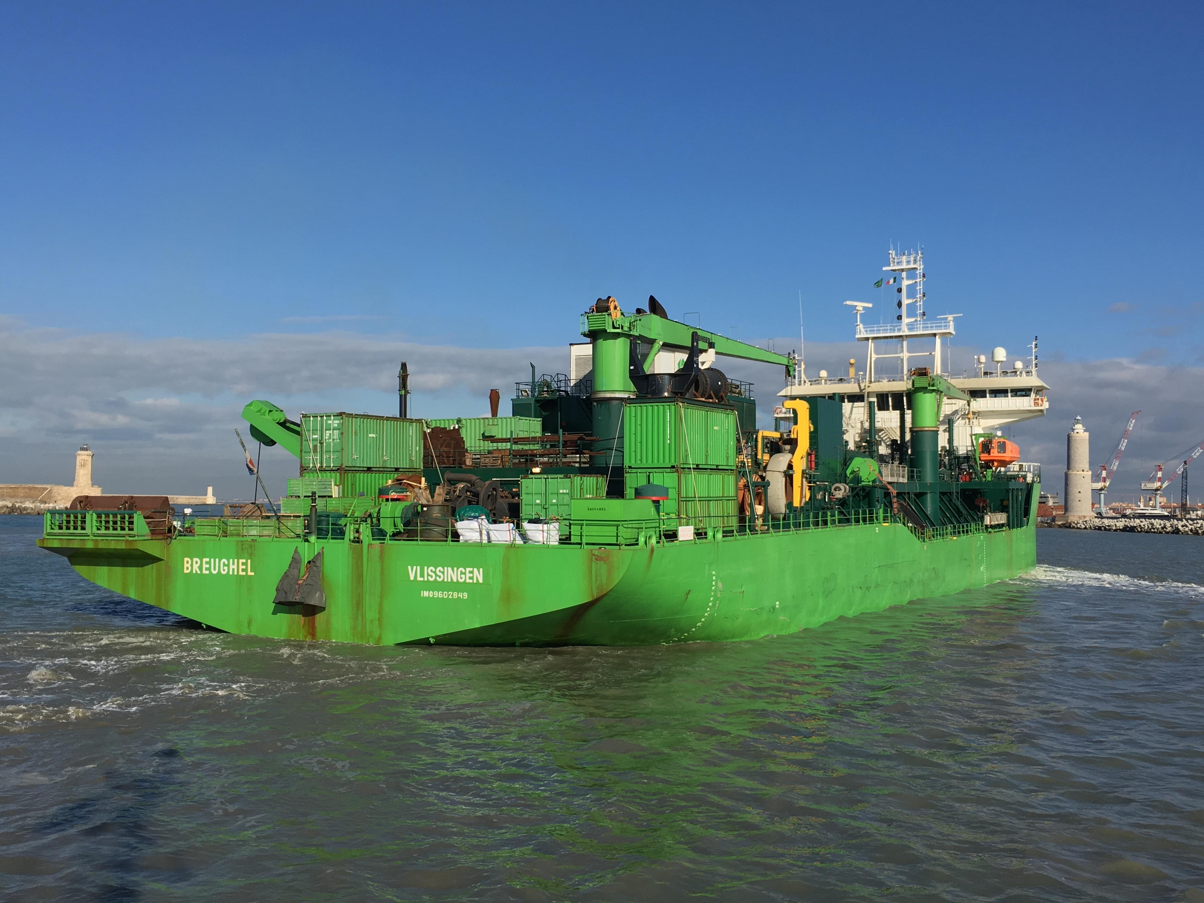 Port Authority wants Livorno to be big ship ready - Autorità di